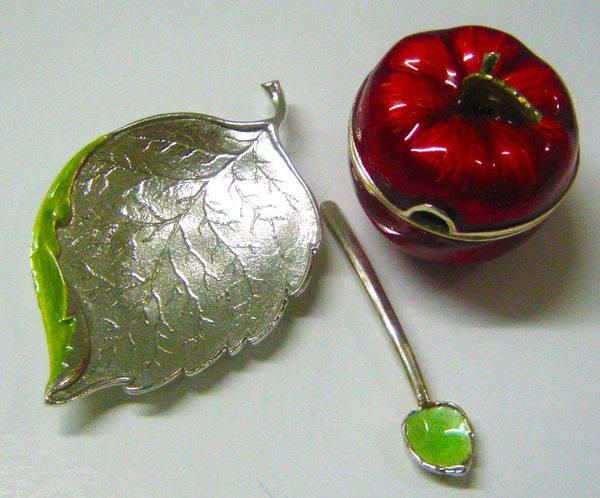 Quest Mini Apple Honey Dish with Leaf Plate | Wrapt