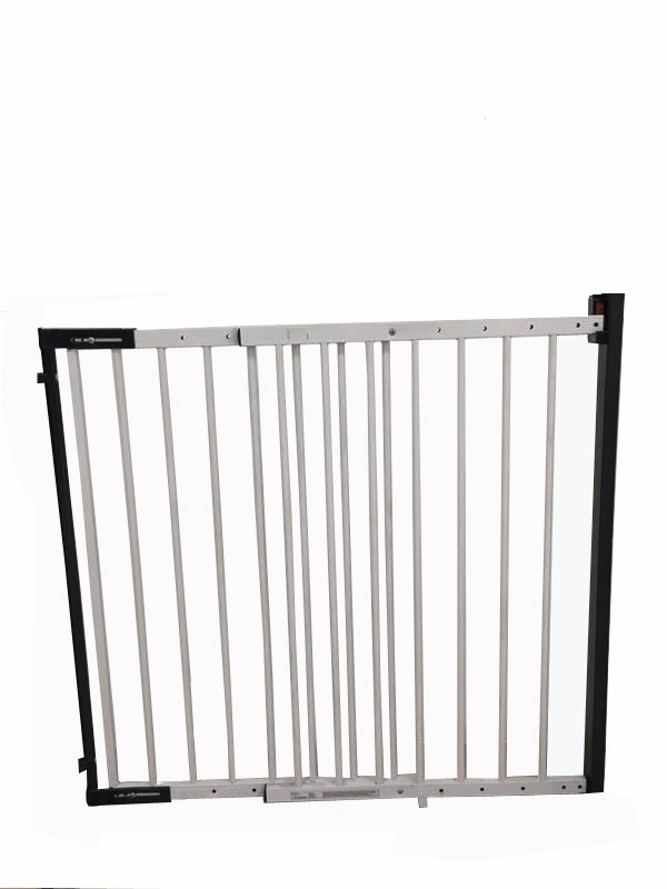 ISafe Wall Fix Extendable Metal Stairgate Safety Barrier Stair Gate   White