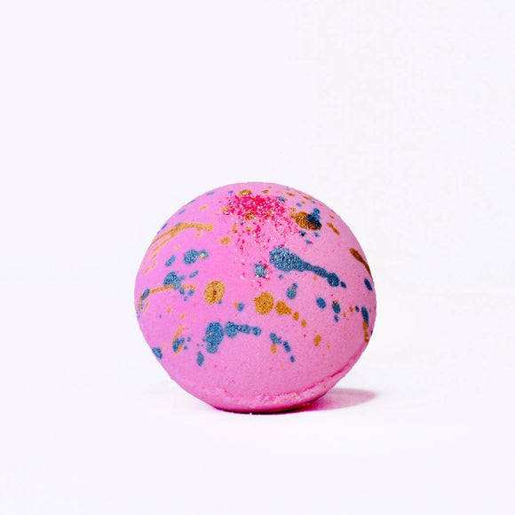 BERRIES AND GERANIUM BATH BOMB