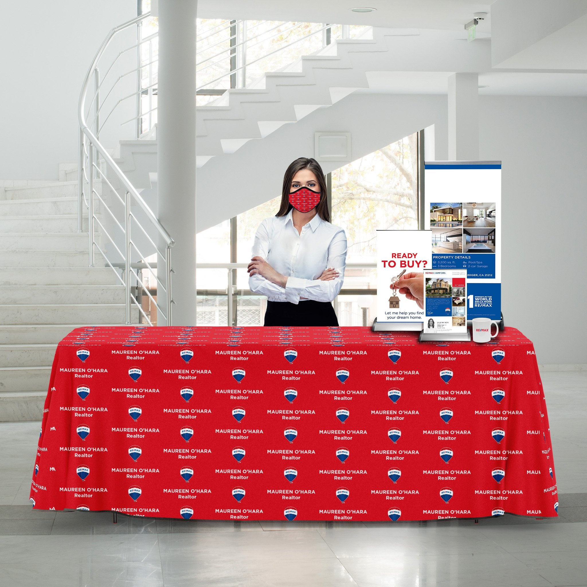 RE/MAX Table Cover Custom