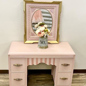 Pretty In Pink Vanity with Mirror