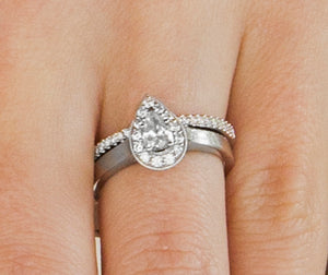 Pear Engagment Ring
