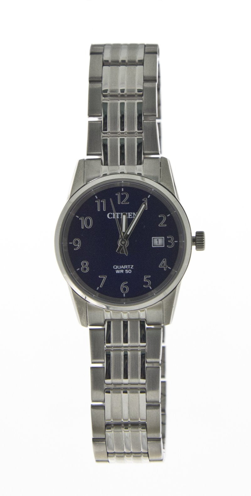 Citizen Quartz Watch Features Blue Face and Date Number