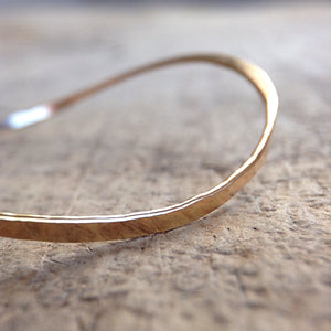 Gold Saddle Bangle