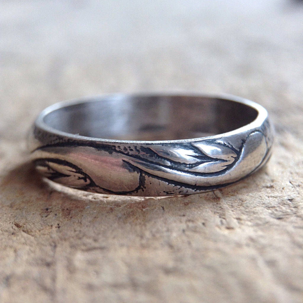 Close up of Antique Sterling Silver Flourish Ring