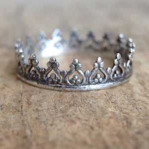 Antique Silver Crown Ring