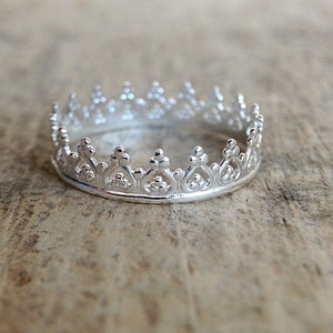 Close up of the Bohemian Sterling Silver Princess Ring