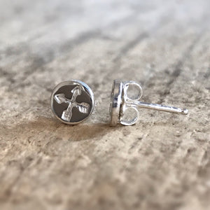 Crossing Arrows Stud Earrings
