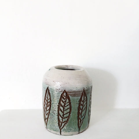 Small Vase - Leaves 1