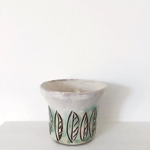 Plant Pot - Leaves 2