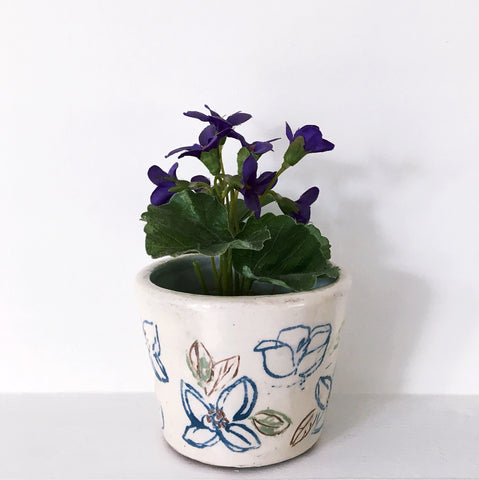 Blue And White Plant Pot - with a dash of green - 4