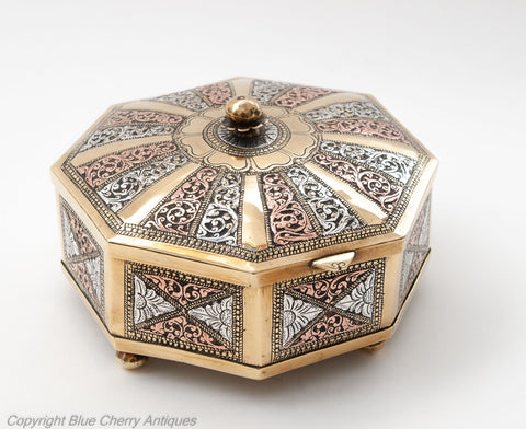 Antique Ceylonese Sri Lankan Brass, Silver & Copper Octagonal Betel Leaf Box (Code 1817)