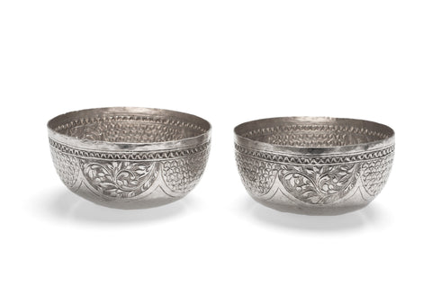 Pair Antique Indian Sterling Silver Repousse Bowls for Foliate Patterns c1880 (Code 2407)