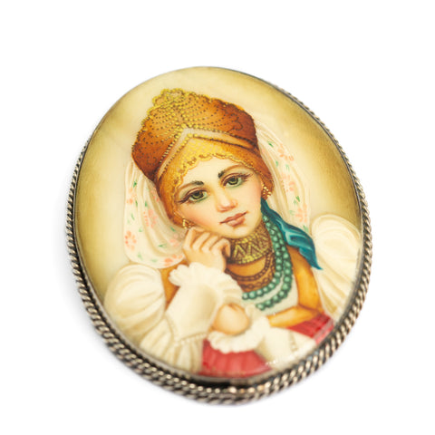 Russian Fedoskino Brooch - Vintage Portrait Miniature On Mother Of Pearl (Code A356)