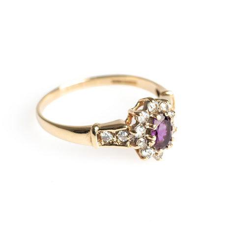 Vintage 9ct Gold Ring Set With Amethyst & Cubic Zirconia Gemstones Size Q  (Code A416)