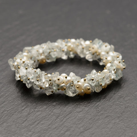 Vintage Elasticated Bracelet With Cultured Pearls, Topaz, And Quartz Tumbled Polished Chips (Code A748)