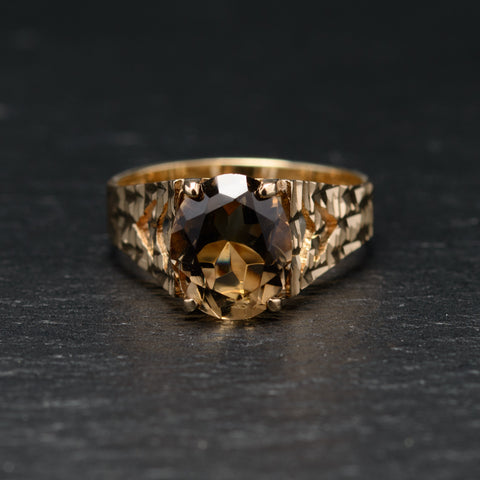 Vintage 9ct Gold & Smoky Quartz Ring With Decorative Shoulders Size N (Code A760)