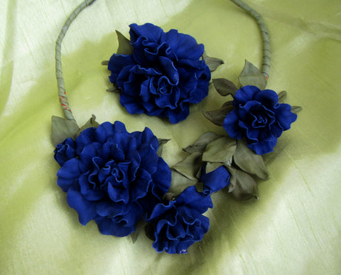 Rose Necklace leather, Blue Roses Necklace, Blue Rose bracelet, Blue Roses necklace and bracelet set leather, Jewelry set leather Rose, Rose