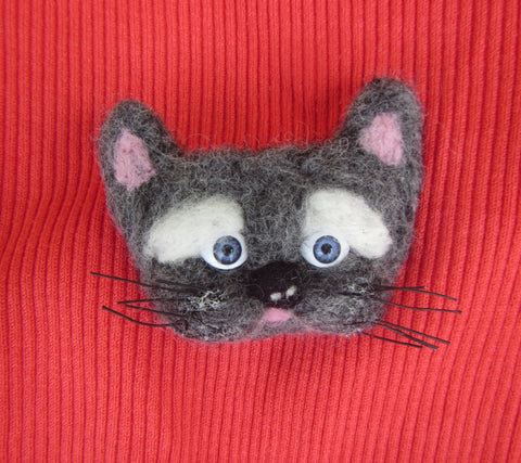 Felted brooch Cat, Gray cat, animal felted brooch cat, woolen brooch Gray cat, woolen animal brooch CAT, brooch cat wool, felted cat brooch
