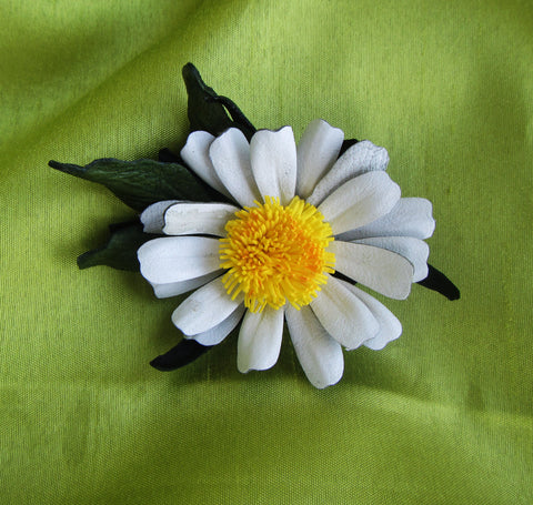 Chamomile Leather brooch, Daisy Brooch leather, leather Daisy brooch, Chamomile 2-in-1 brooch-hairclip, Chamomile hairclip, Daisy hairclip