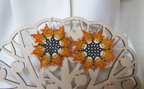Sunflowers Earrings, Sunflowers beads Earrings, Crochet earrings Sunflowers, Summer flowers earrings, Summer earrings, daffodils earrings