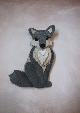 Wolf brooch, brooch Gray wolf, wolf brooch leather, Mother's day gift, Christmas brooch, animal brooch, winter is cooming, wolf brooch