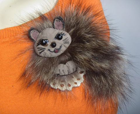 Cat brooch fur, Cat brooch, Cat brooch leather, Valentine's day gift, Fur cat brooch, grey cat brooch, animal brooch, Women gift, Cat brooch