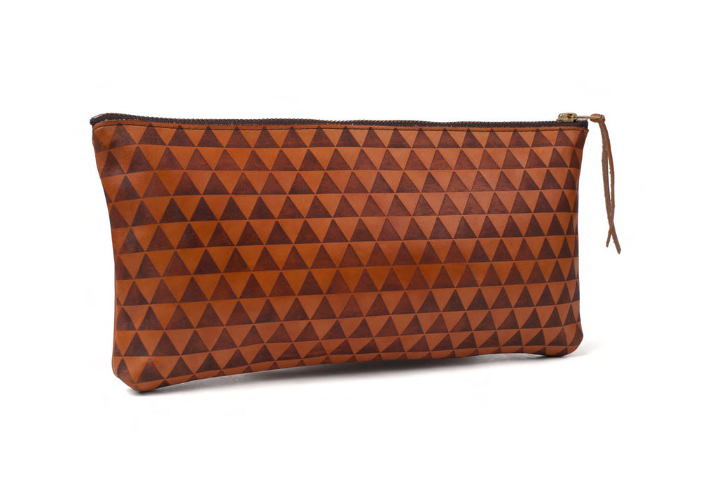 triangle clutch - cognac