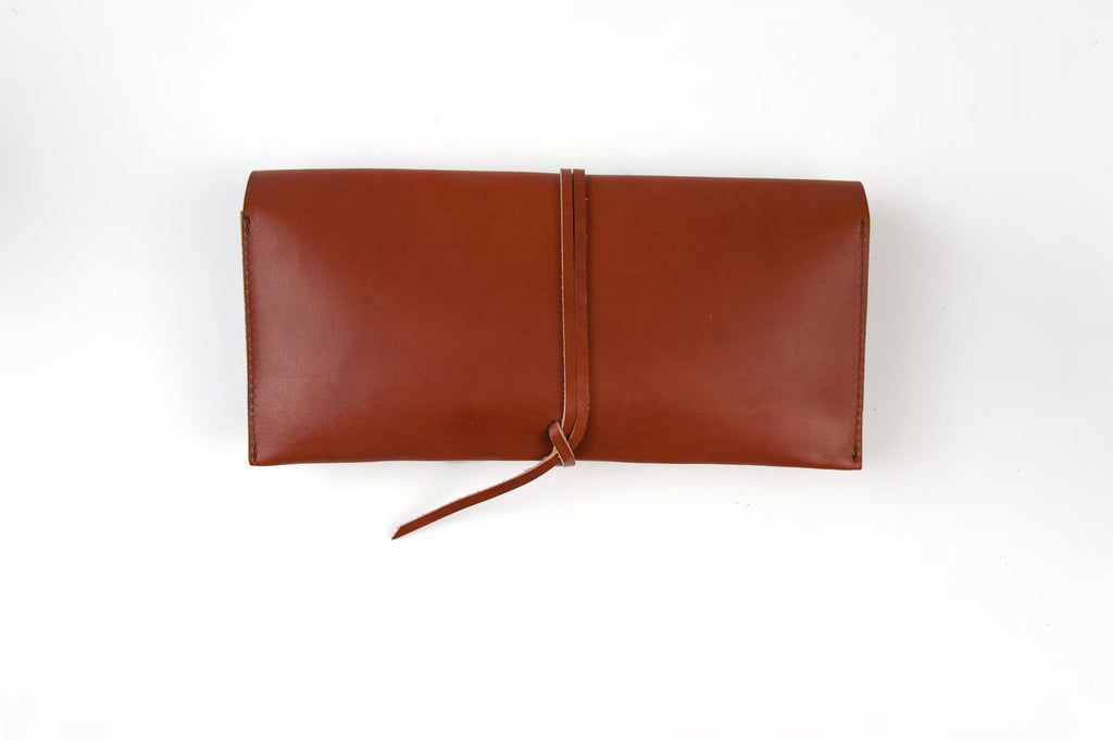 wrap clutch - brown