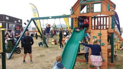 The Pukeko - Playground set with 1.5m deck