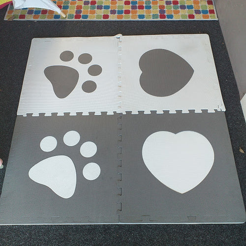 Play mats - paw prints and love hearts