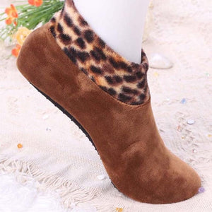 Stunning Non Slip Elastic Sock/Slippers for Indoors - Treat your feet in Winter!