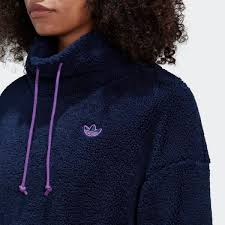 Cropped Fleece Blue