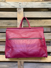 MAGENTA WEEKEND GETAWAY BAG