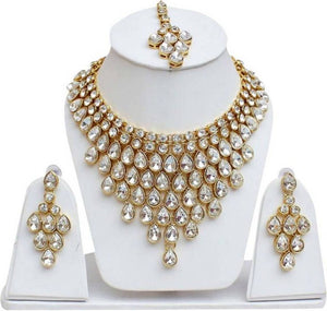 Trendy Gold Plated Crystal Jewellery Set For Women's