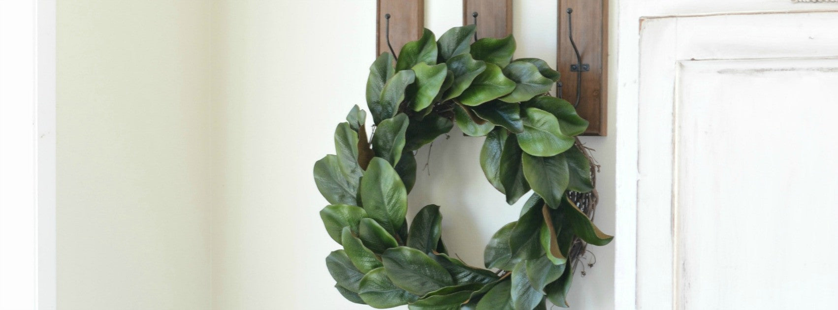 Magnolia Wreath DIY Tutorial