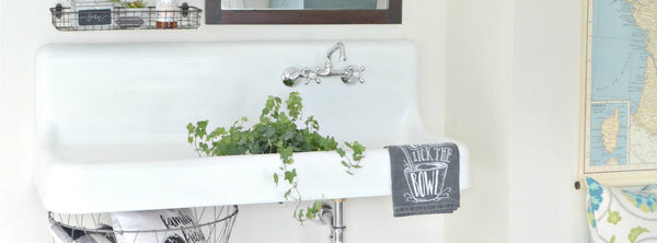 Vintage sink in the mudroom