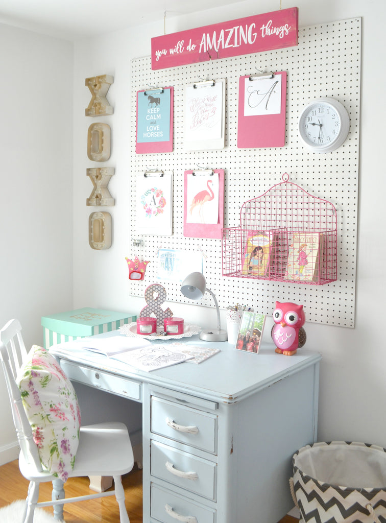 A peg board for the girls 39 room aimee weaver designs llc for Jugendzimmer poster