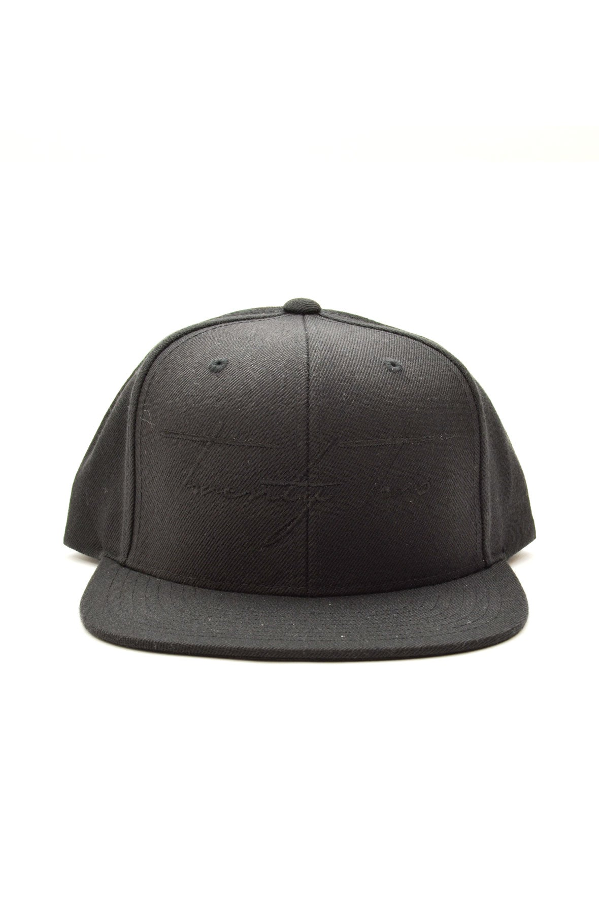 Signature Snapback in Black/Black