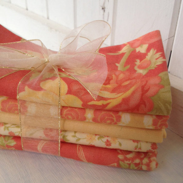 Bundle of 5 fat quarters #209