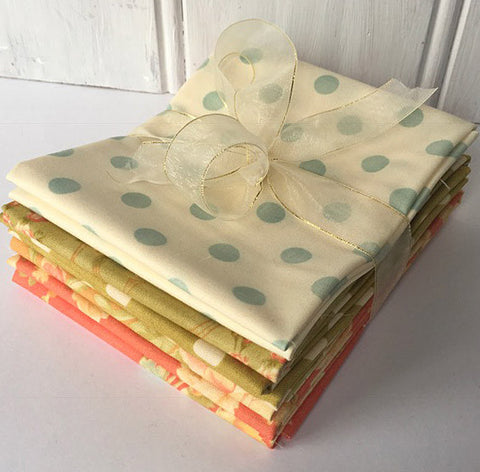 Bundle of 6 fat quarters Breakfast at Tiffanys #407