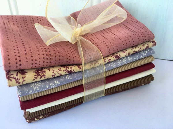 Bundle of 8 Fat Quarters #612