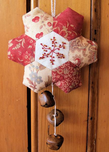 #703 Set of 4 Paper Christmas Patterns