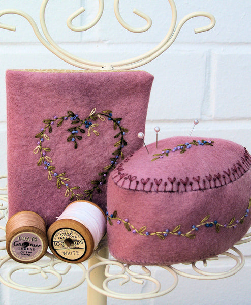 In the Pink Felt Needle Case and Pincushion