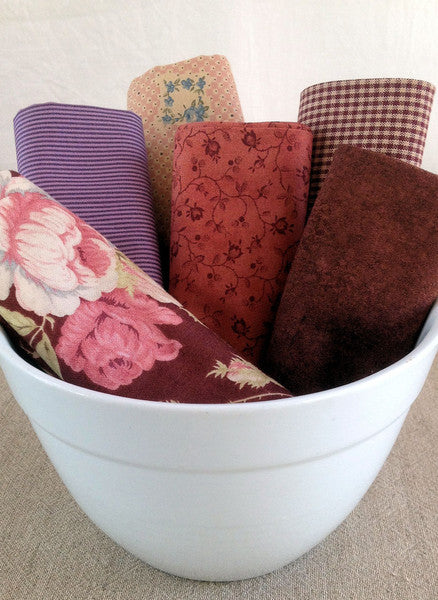quilting fat quarters in mauve-pink from Stitching Cow
