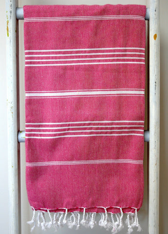 THE HANDTOWEL FUSHIA