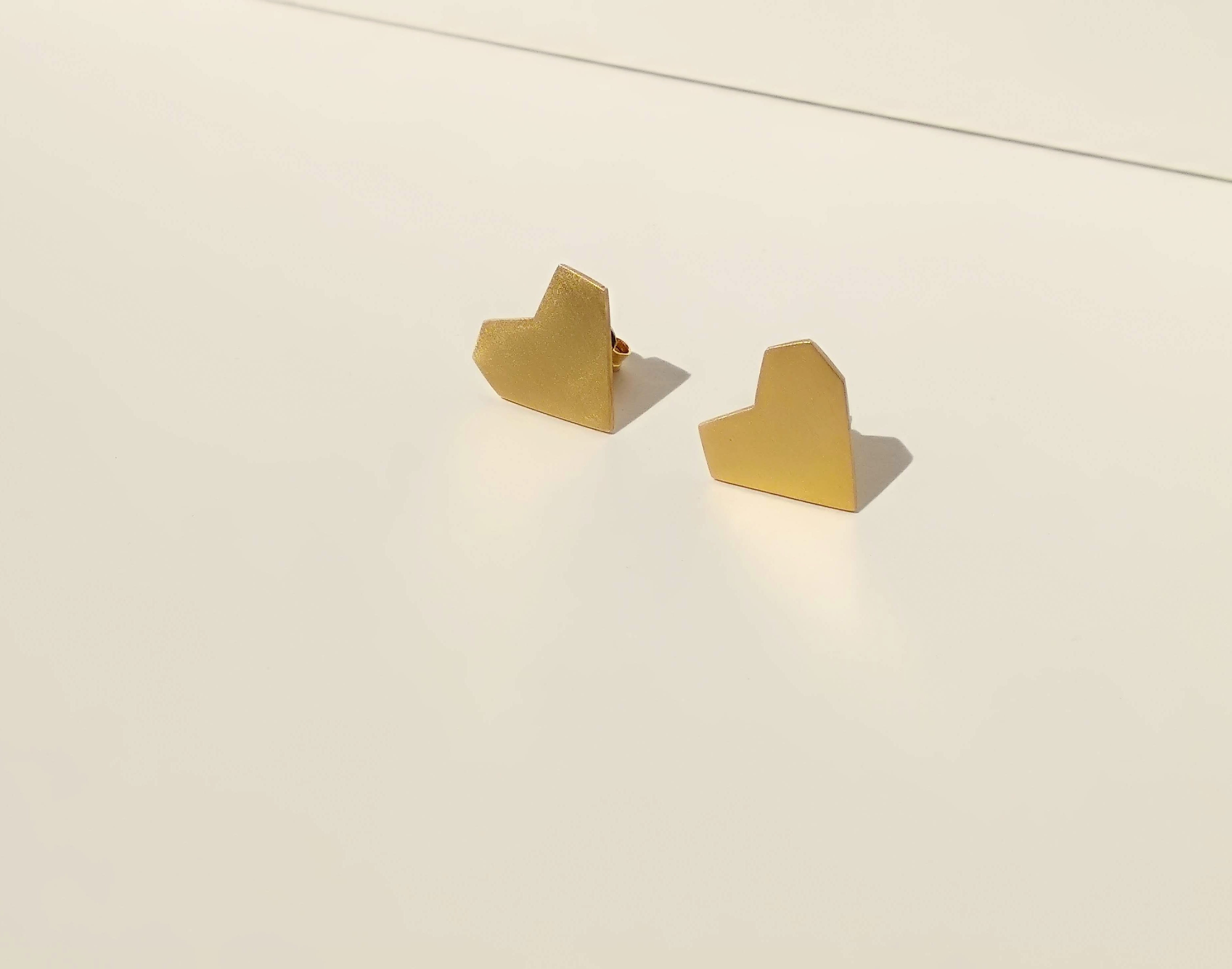 24K Gold Plated Geometric Heart Studs