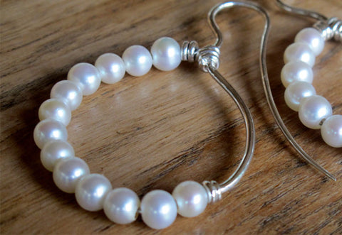 ROMAN DANCER KEISHI PEARL SILVER SMALL - Pure Silver and Pearl Earrings