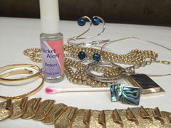 Check your jewelry with Nickel Alert before your skin tells you it's full of nickel!
