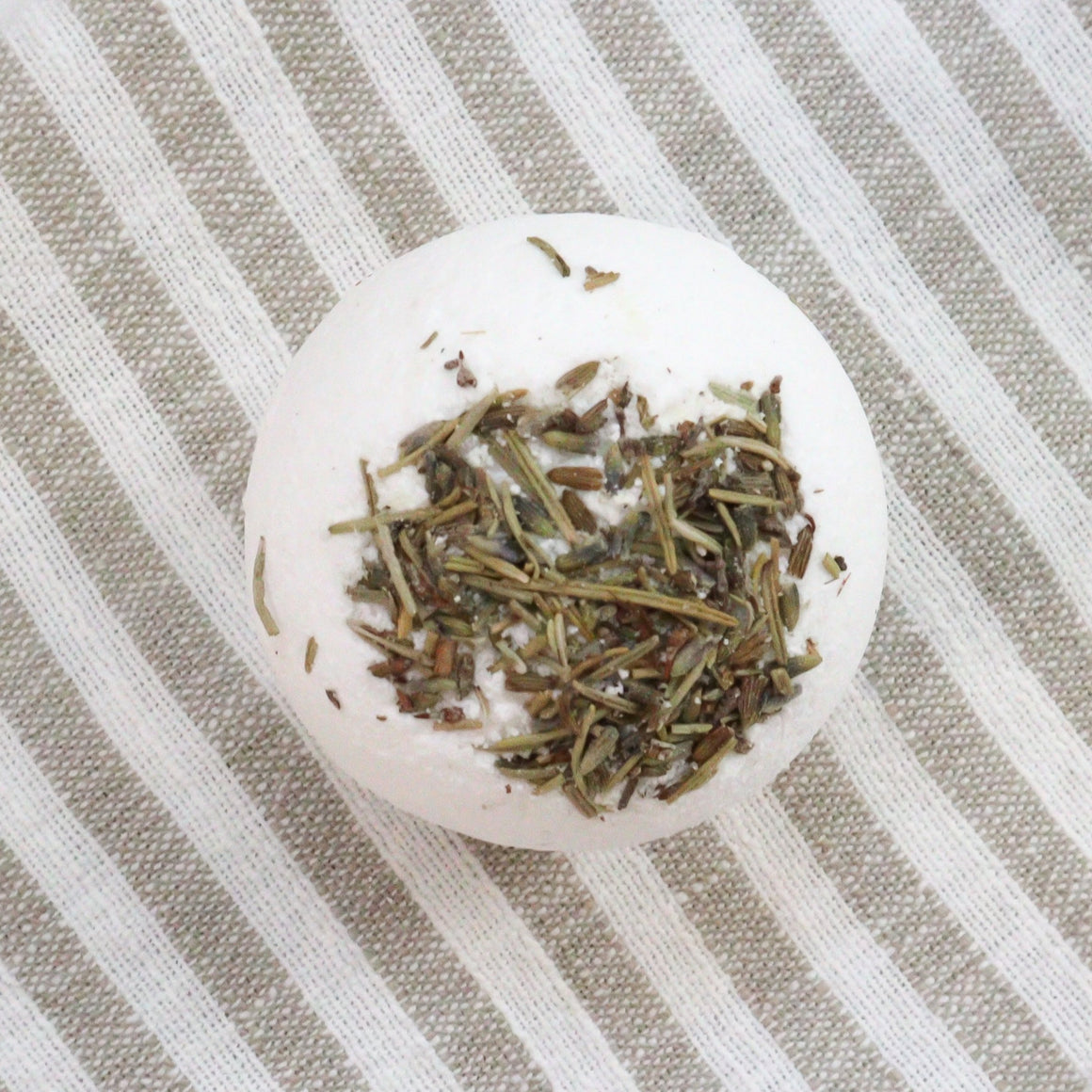 Lavender Rosemary Bath Bomb - 7 oz